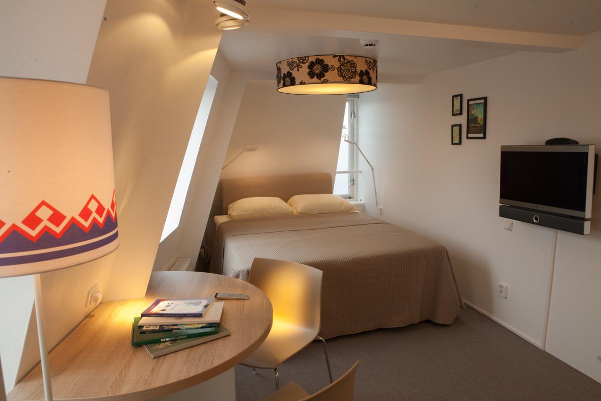 kamer 4 Stadslogement KingSize Sneek - bed