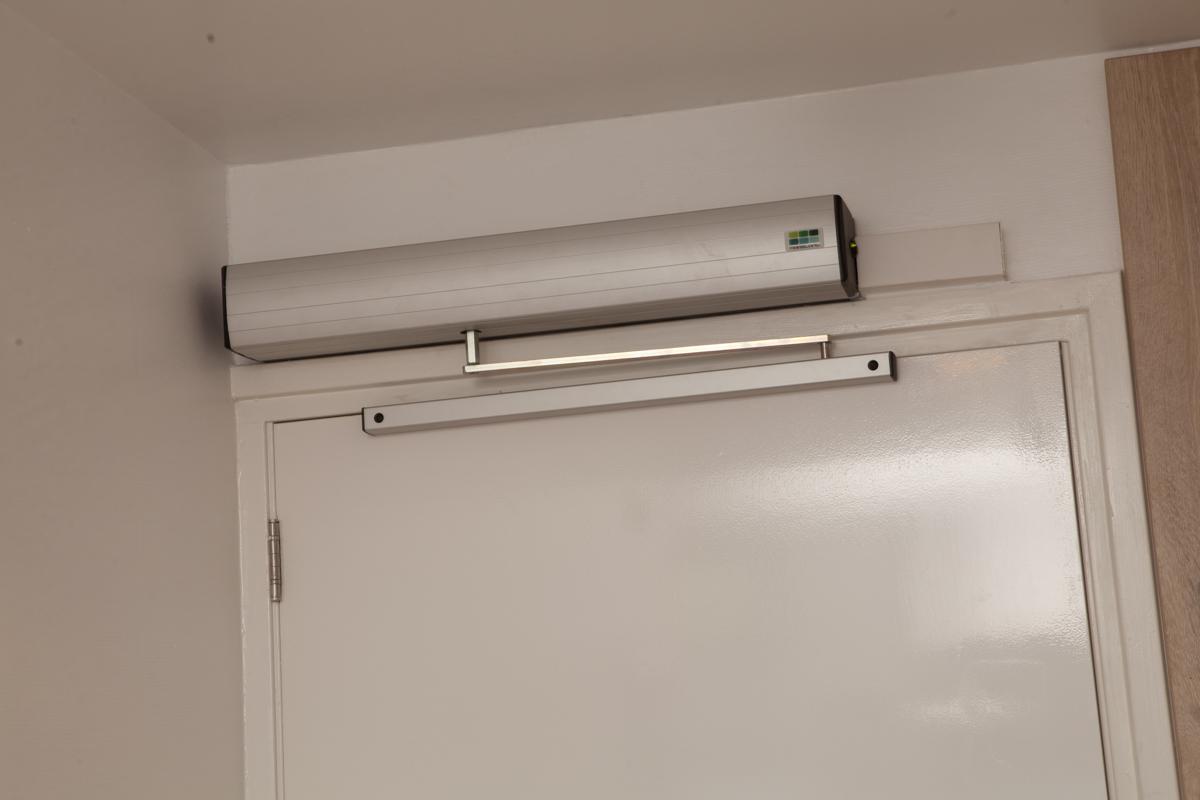 Kamer 1 (rolstoelvriendelijk) Stadslogement KingSize - automatische deuropener